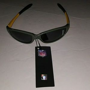 NWT Unisex Green Bay Sunglasses